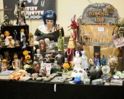 Oddities & Curiosities Expo