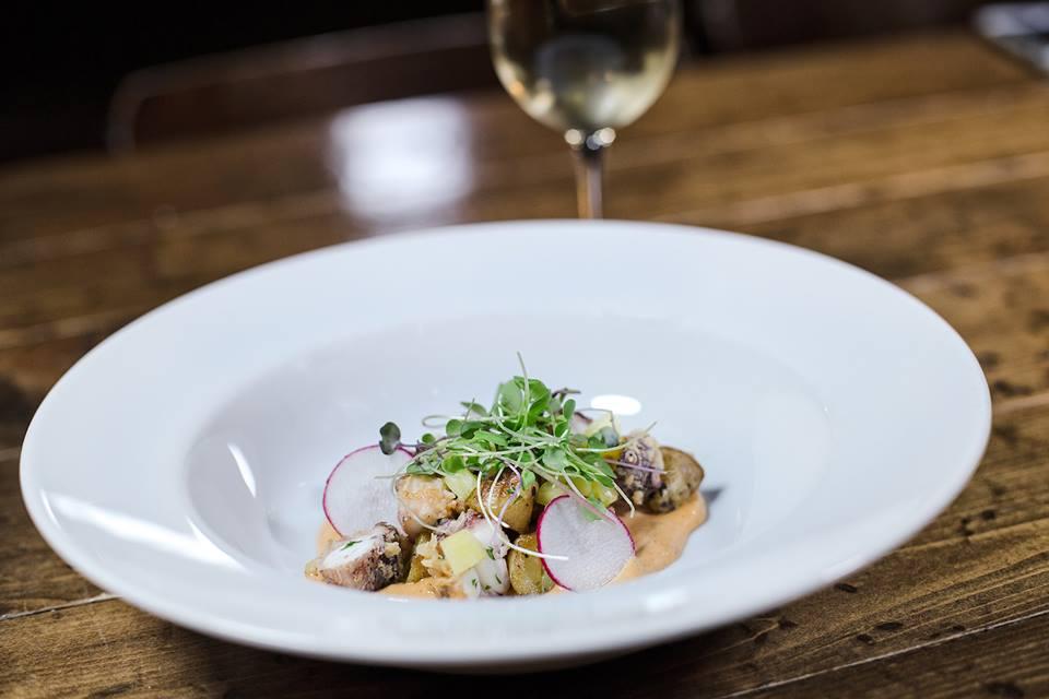 Flatiron Kitchen + Taphouse | Charlottes Got A Lot